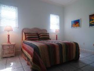 2nd bedroom with queen bed and en suite full bath