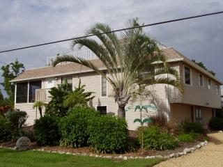 Bonita Beach Duplex - Rent 1 or both Units!, Bonita Springs