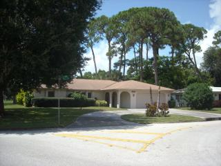 Beautiful House in Great Vacation Location, Sarasota