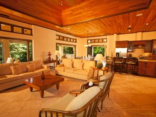 Finest Luxury Penthouse at the Beach Club, Tamarindo