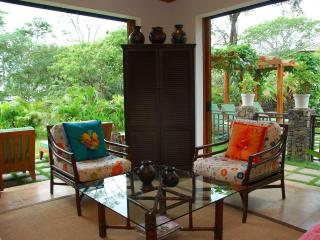 Beautifully Decorated Home in Tamarindo Preserve