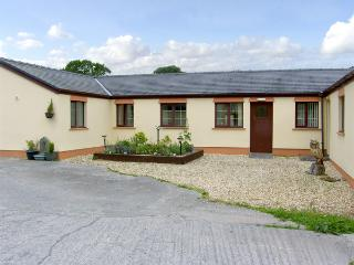 BARN COTTAGE, pet friendly, country holiday cottage, with a garden in Laugharne,
