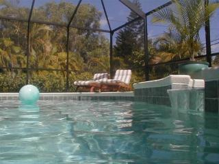 Bismark - 3br/2ba private pool/spa home near beach