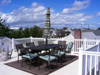6th from Beach | 3BR | Pet-Friendly | Fishbone LBI, Beach Haven