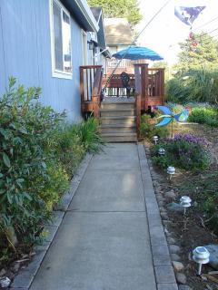 Front steps to Harbor Cutie lined with cobble stones