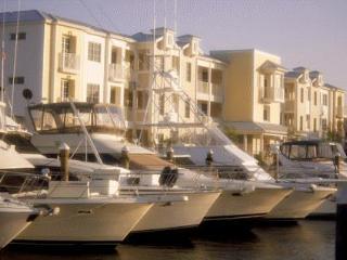 Villa 132 Mariner's Club Resort - 2 BR Marina View, Key Largo