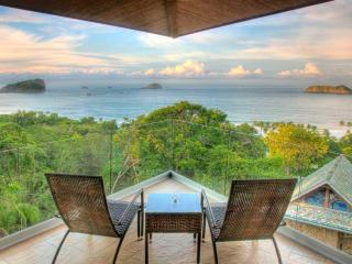 Architecturally Stunning Fully Staffed 10BR Ocean View Luxury Villa - Conde Nast, Parque Nacional Manuel Antonio