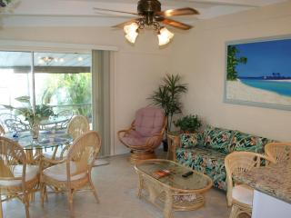 Casa Mar Azul 2 - Cabana Club, Pool & Inch Beach, Key Colony Beach