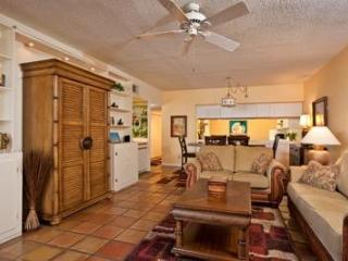 1800 Atlantic Affordable Oceanfront condo WIFI, Key West