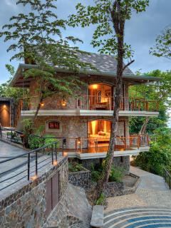 Guest Cottage Exterior!