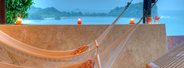 Roof Top Hammock Garden w/ Views to the Manuel Antonio National Park!
