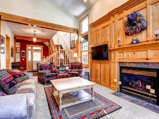 White Wolf 384 Townhome Hot Tub Breckenridge Summit Mountain Rentals