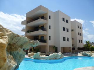 Holiday Apartment with free WiFi and free Air-conditioning.  Also has large pool, Oroklini