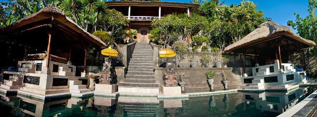 Villa & Outdoor Pavillions