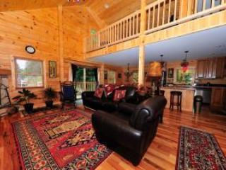 Log Cabin - 3 bedrooms, 3 bathrooms + Loft, Lake Placid