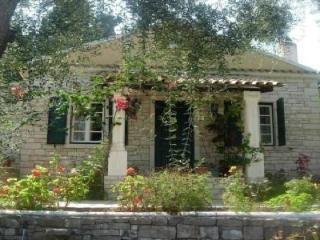 Marmari Stone Cottage in Paxos, Longós