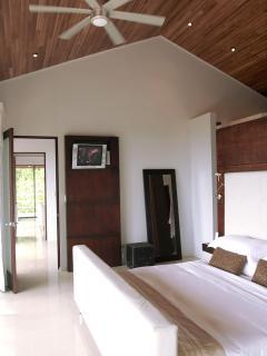 Exotica Master Suite