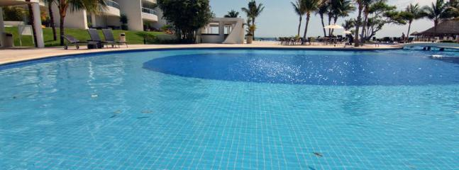 3rd Pool: Child Friendly Shallow Area