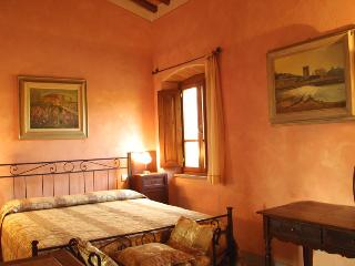 Beautiful Large 18th Century Villa in Tuscany with Private Pool Near Town - Villa Bucine
