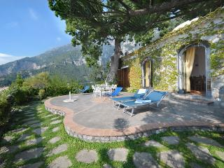 Sea-view villa and Jacuzzi in Positano - Nocelle - 2 bedrooms