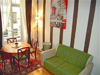 Cozy Apartment on Saint Louis Island Near Notre Dame, Paris