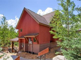 Cozy Cabin in the Pines Townhome in Keystone CAB13