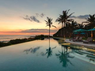 Villa Jagaditha Bali Luxury 6br Canggu Beachfront