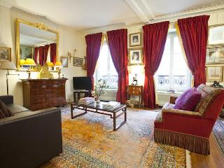 Pleasurable Luxury Parisian Vacation Rental, Parigi