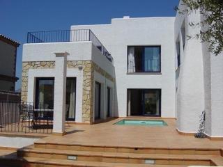 Villa Miami Platja villa in Tarragona Spain, Villa to let near Miami Platja beach, vacation home near Sitges Spain