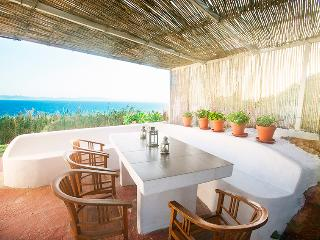 Great terrace to BBQ and enjoy sunbathing with friends and family