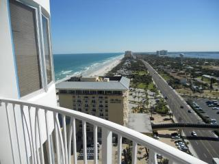 Beach Condo - Enjoy the Ocean,  Peck Plaza 22SW, Daytona Beach