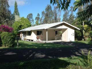Mahimahi Street Vacation Rental, Pahoa
