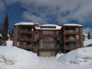 Great 2 Bedroom/2 Bathroom Condo in Big White (#101 - 5050 Snowbird Way SNWBD101)