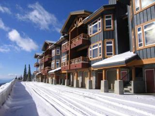Fabulous Condo with 2 BR & 2 BA in Big White (#11 - 7650 Porcupine Road TIMBRD11)