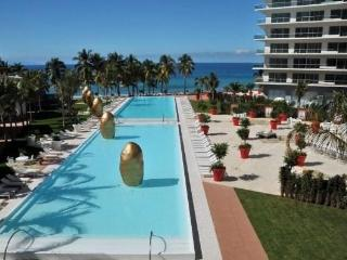 ICON Vallarta - 2Bed/3Bath + Study Stunning Postcard Ocean View!  Tower1 Floor6, Puerto Vallarta