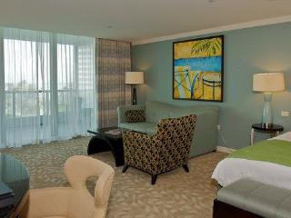 $299/n Fontainebleau OceanView! Sleeps 6people!!!!, Miami Beach