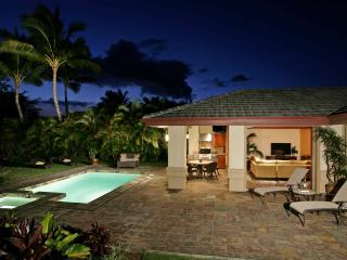 Beautiful Villa w/ Pool, Hot Tub, Beach Club, Golf, Kamuela