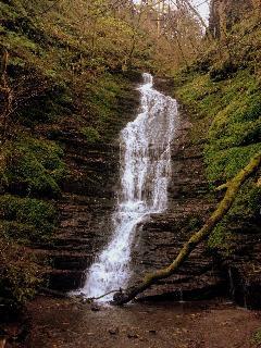 Water-Break-its-neck Waterfall