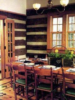 The Dining Room in The Cabin at Wintergreen