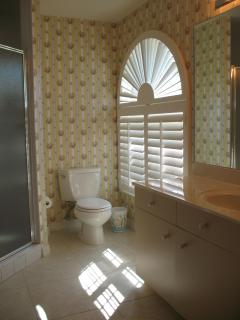 Upstairs King suite- bathroom