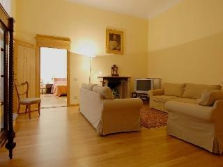 Flat Federika Large apartment to rent in the center of Florence, Florencia