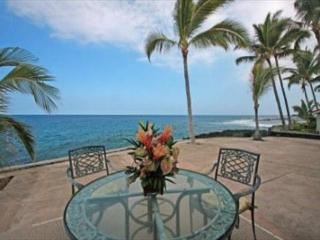 KKSR 185 DIRECT OCEANFRONT TOWNHOME, Wifi, A True Gem, Kailua-Kona