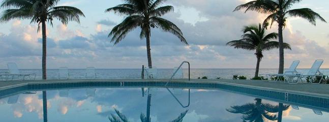 Pool/Ocean