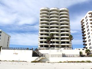 Feel Daytona - Beach Dream Condo, Daytona Beach