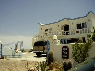 Casa de Arcos: 5-6 BR 3000 SF Beach House-Sleeps18, Puerto Peñasco