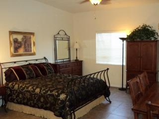 Catalina View Casita-Queen Bed with dresser