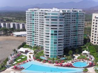 BVG Marina - Unbelievable Beachfront Luxury & Ocean Views! (No Additional Fees)