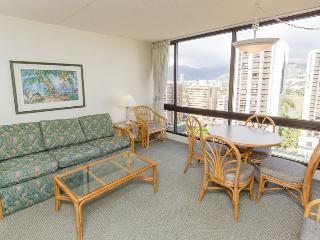 Waikiki Sunset Suite 1911, Honolulu