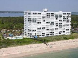 Oceanfront 3BR Condo on Hutchinson Island