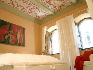Elegant Vacation Rental in Cortona Tuscany, Moses